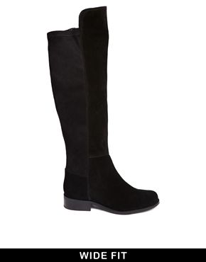 This autumn/winter I will forever be on the hunt for a perfect pair of knee/thigh-high boots! These suede ASOS ones are amazing, and with no heel I bet they're so comfortable. http://asos.to/1qpJVBm
