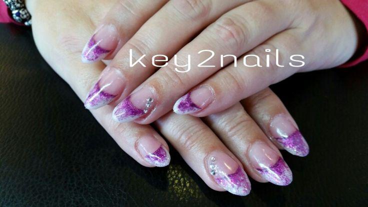 2 collor nails