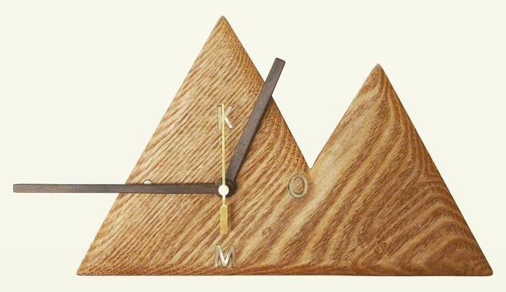 木工作品集 245 Woodcraft works portfolio 245 2012年 #木の時計 #コーポレートロゴ #WoodenClock #corporatelogo 友人の起こした会社のロゴを時計にデザインした #ギフト The design come from the corporate logo of my friend. My #gift for him of the establishment then. http://ift.tt/1Nq0R26