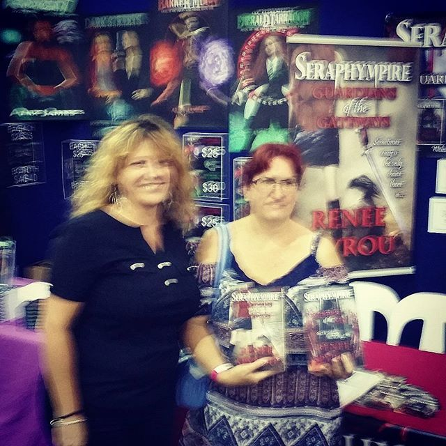 A big thank you goes out to all the people who purchased my #Seraphympire #novels @ the #Brisbane #Supanova2016 last weekend. This is why I #love #BookSigning events, because meeting & talking to new people makes what I do all the more special. Thank you again, I hope you enjoy reading my books. So sorry for the quality of this photo. 😆❤ 📖📚