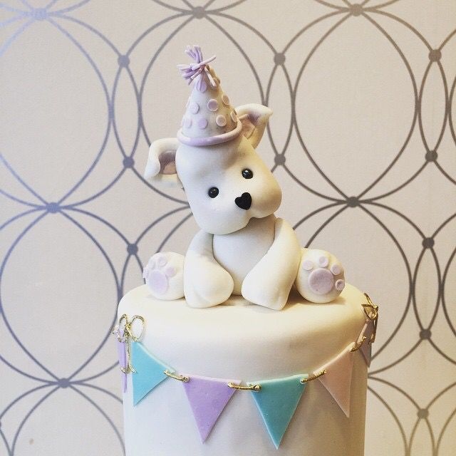 Sugar Paste Puppy by Bobbette and Belle #bobbetteandbelle