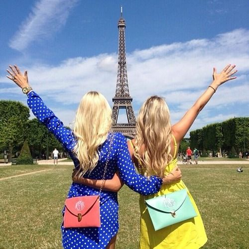 @abbeycsullivan I can't wait to take photos like this with you EVERYWHERE we travel to together!! <3 #LasVegasherewecome!!