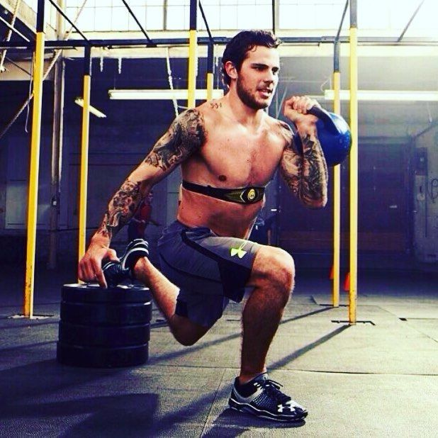 Is 1 Leg Training Important For Hockey Players Absolutely Believe It Or Not Hockey Is A Sport Where The Majori Hot Hockey Players Tyler Seguin Hockey Players