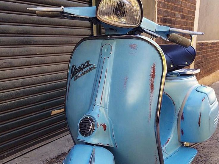 The Vintager | Vespa painted by PAZ.