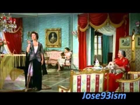 SARITA MONTIEL ''FUMANDO ESPERO''... Granma used to sing this to Granpa... =)