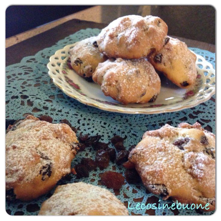 Biscotti corn flakes e uvetta senza pinoli http://lecosinebuone.wordpress.com/2014/08/23/biscotti-corn-flakes-e-uvetta-senza-pinoli/