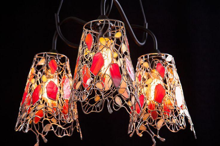 POTRÓJNA WISZĄCA LAMPA  ''AŻUR CZERWIENI'' w Ni'Finn Handmade na DaWanda.com
