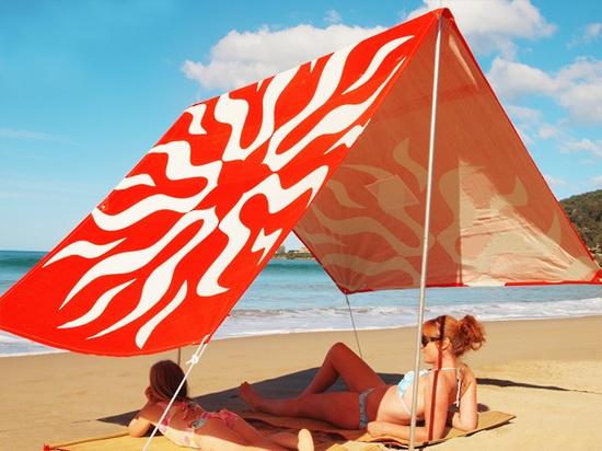 Love'n The Sun Orange Sombrilla from www.whitecoconut.com.au #sombrilla #beach #sun #relax #homewares #gifts #coastal