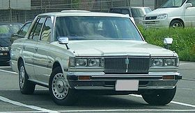Toyoya 110 Crown Super Saloon 1980.jpg