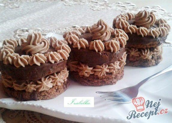 Sacher mini dortíky - FOTOPOSTUP | NejRecept.cz