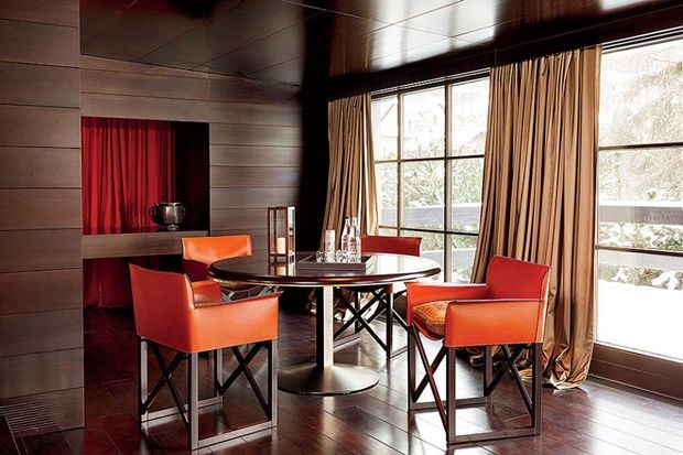See more @ http://www.bykoket.com/inspirations/luxury/outstanding-celebrity-dining-rooms-love