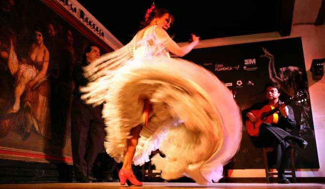 Flamenco Show at Corral de la Morería    Immerse yourself in the fiery fever of flamenco dancing during a spectacular show in one of Spain's most esteemed �... Get more information about the Flamenco Show at Corral de la Morería on Hostelman.com #event #Spain #culture #travel #destinations #tips #packing #ideas #budget #trips