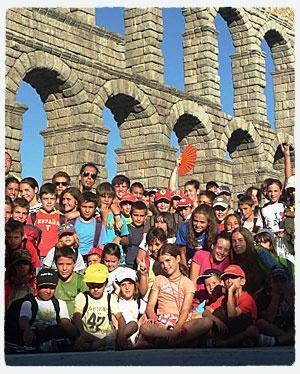 Campamento de Verano Inglés y Multiactividad en Segovia el Pirineo