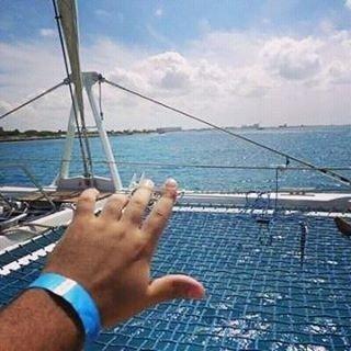 Quer ver sua foto aqui? Use #FelizEmAruba #regram @rafaelcruz46 Como pode um lugar deixar tantas saudades, ainda mais em uma segunda cinza , eu só queria o azul desse mar! #felizemaruba #regram  #travel #travelling #aruba #palmbeach #oranjestad #caribbean #bluesea #bluesky #saudades #lovelife