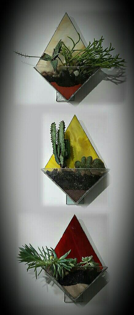 Terrario triptico en vitral