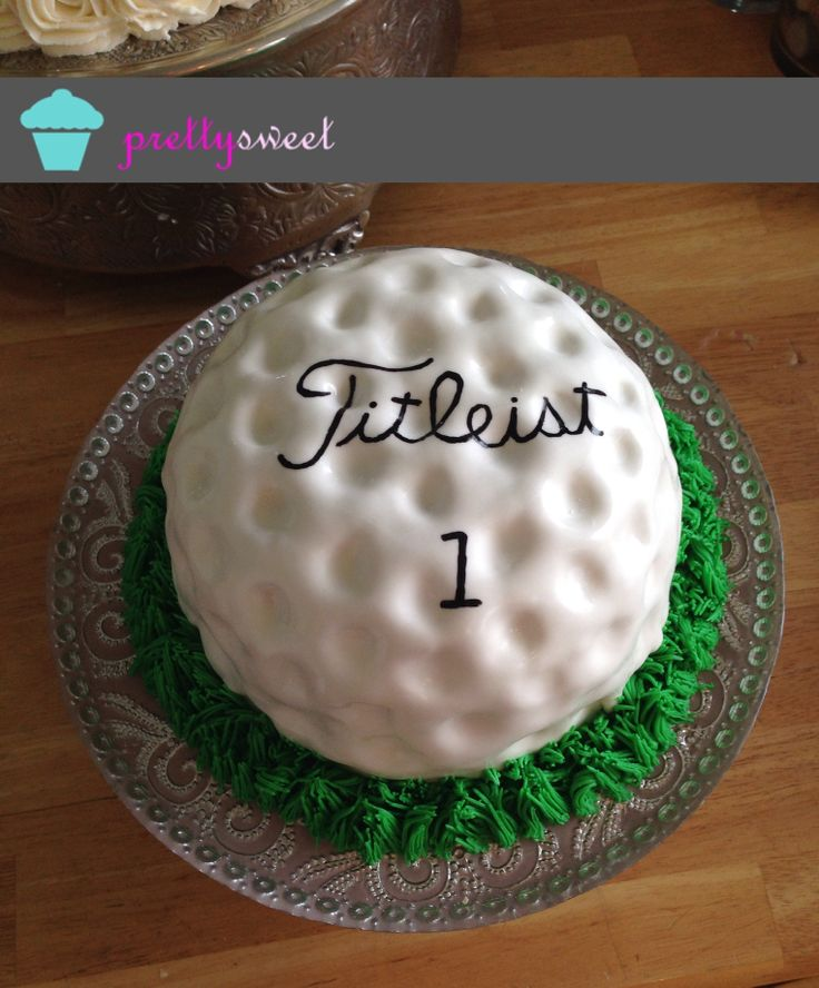 Golf ball grooms cake. Pretty Sweet Events in Columbus, Ohio.