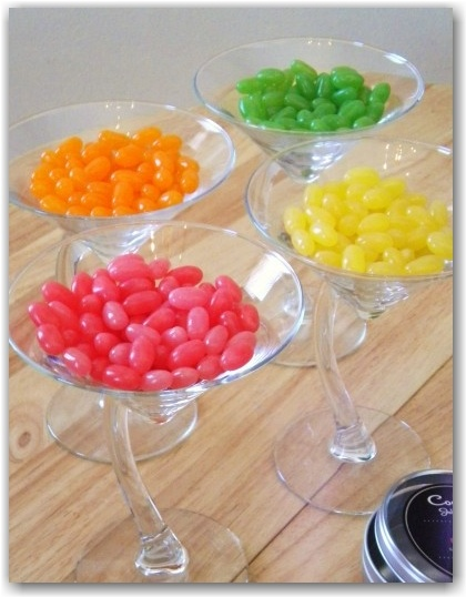 LOVE THIS  candy bar idea for the baby shower...    #sweetsurprises www.sweet-surpris...
