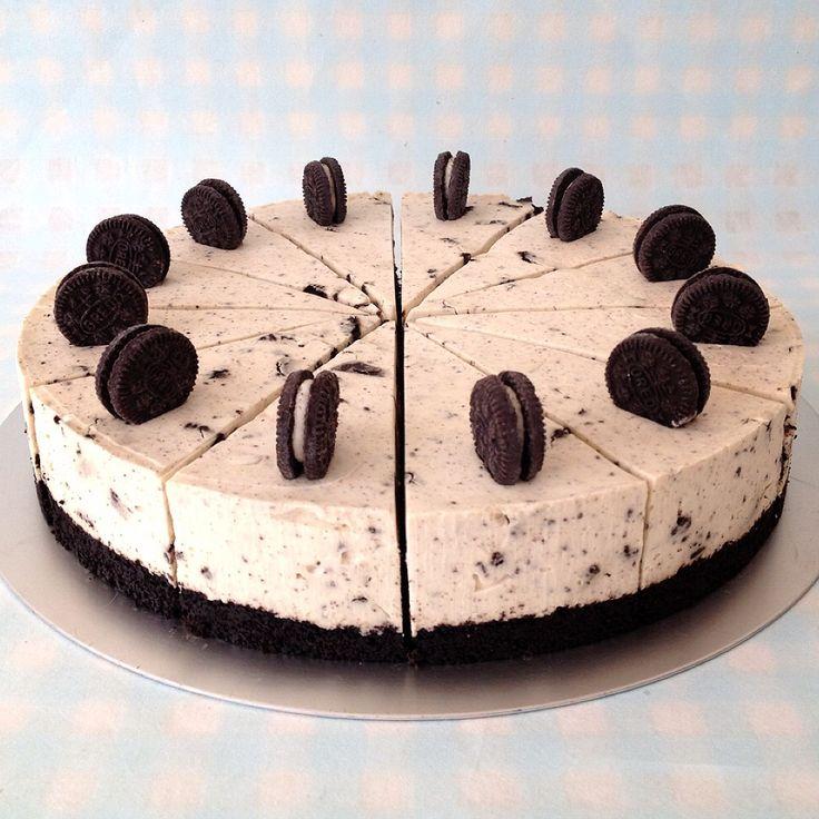 Μια φανταστική τουρτίτσα oreo cheese cake με λευκή σοκολάτα. Μια συνταγή για ένα υπέροχο γλυκό για όλες τις περιστάσεις που θα ενθουσιάσει εσάς και τους κα
