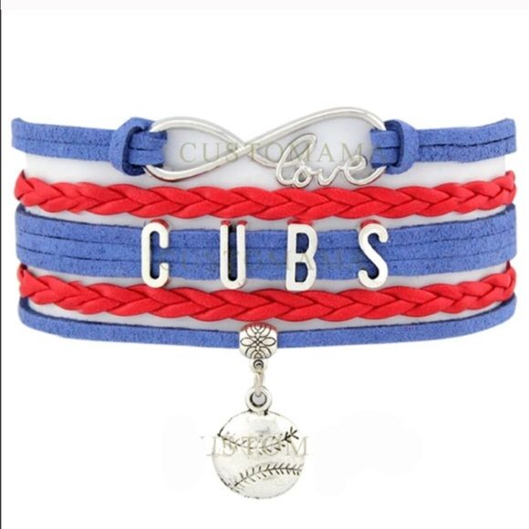 GO CUBS GO⚾️bracelet(NWT)🏆🏆🏆 Great gift for that #1 Cubs fan. Price firm unless bundled. No trades. Other baseball teams are available, just ask 😊 Jewelry Bracelets