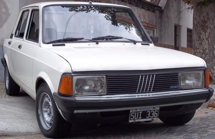 Fiat 128 Super Europa 88. Motor 1.3. Casco original (pisos, zócalos, guardabarros, todo de fábrica).  http://www.arcar.org/fiat-128-45415