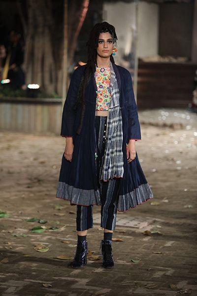Pero by Aneeth Arora - Amazon India Fashion Week - Autumn Winter 17 - 15