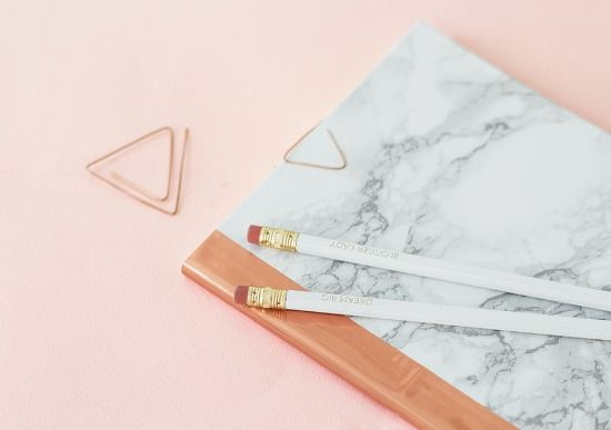 12 DIY Marble projects. Marble and copper notebook by The Lovely Drawer on Passion shake blog.