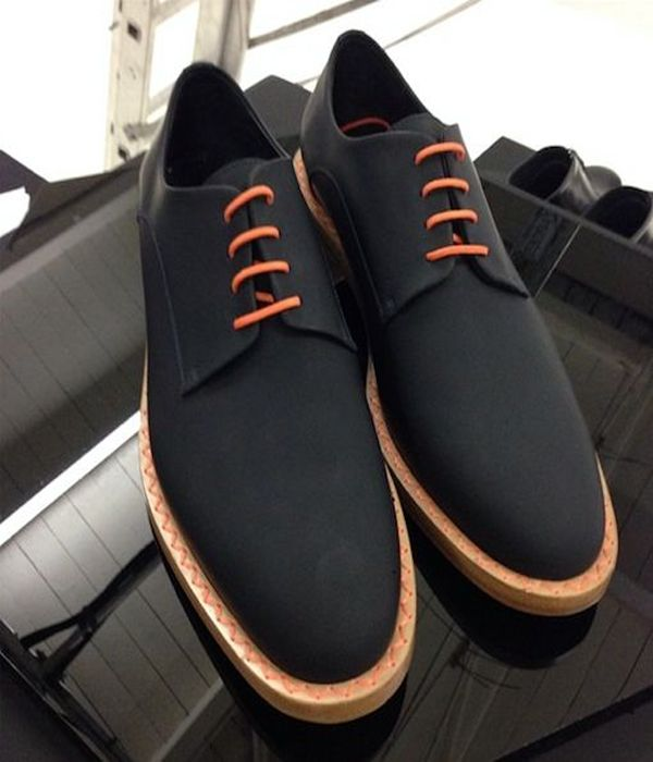 MensDesignerShoe was born out of a desire to supply men with a fine taste for high quality imported shoes and accessories to have a one stop shopping experience for unique and exquisite products.