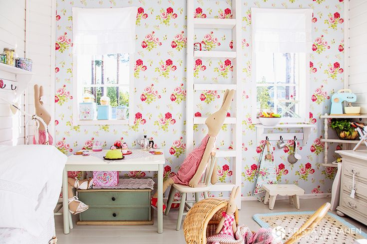Krista Keltanen Blog » photography » page 3 Playhouse   Cath Kidston wallpaper