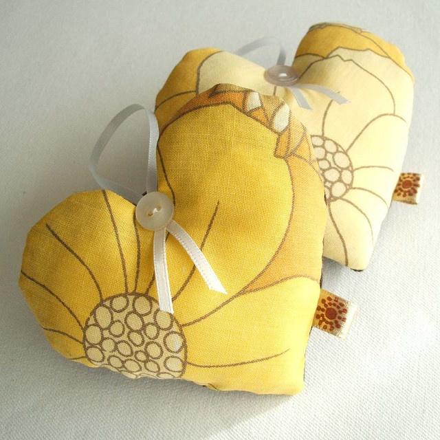 yellow hearts - love!