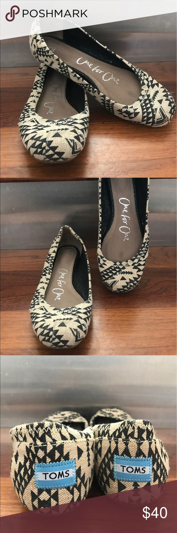 TOMS Ballerina Flat Burlap tribal design. Worn only a handful of times, sole is slightly worn but other than that in great condition. Bundle with other TOMS and save 20%! TOMS Shoes Flats & Loafers