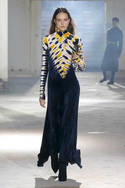 45613092aa35 Proenza Schouler Fall 2018 Ready-to-Wear Collection - Vogue