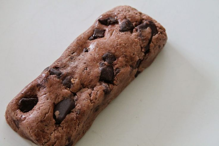 Double Chocolate Cookie Dough Homade Quest Bars