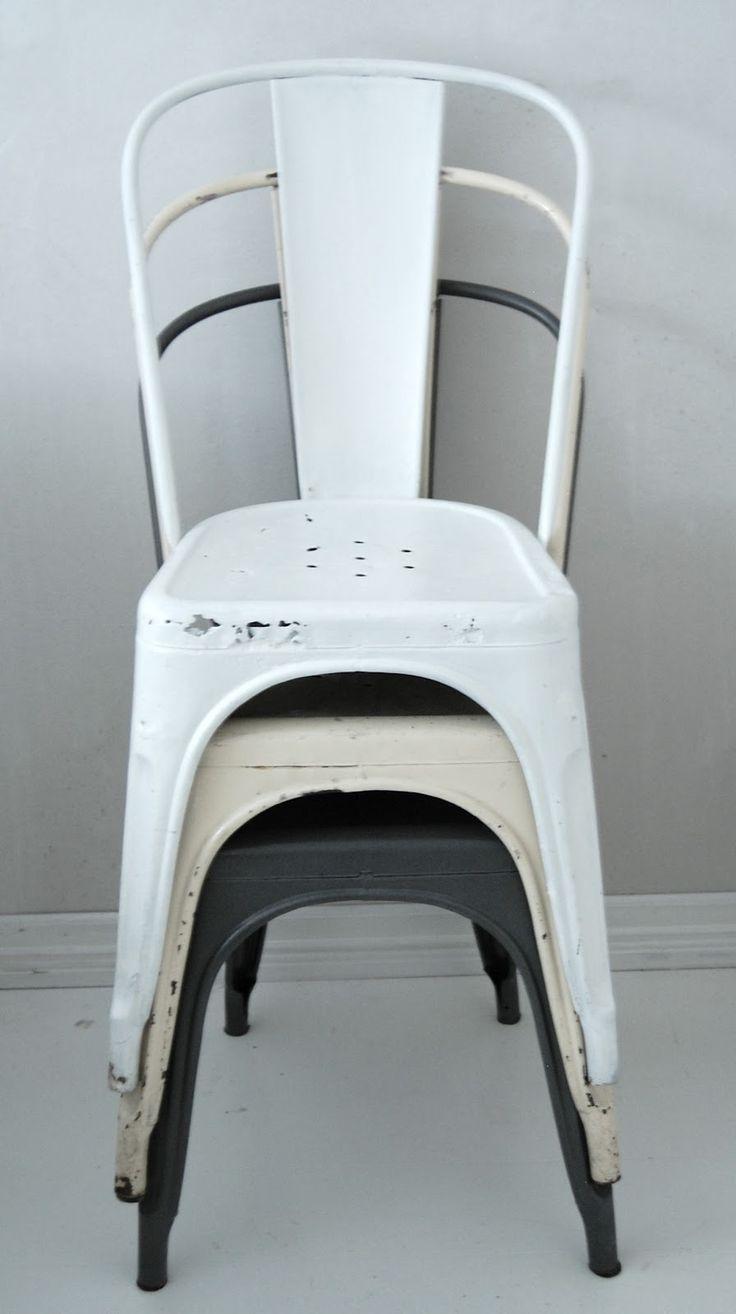 Tolix / Les fameuse chaises du paquebot Normandie....