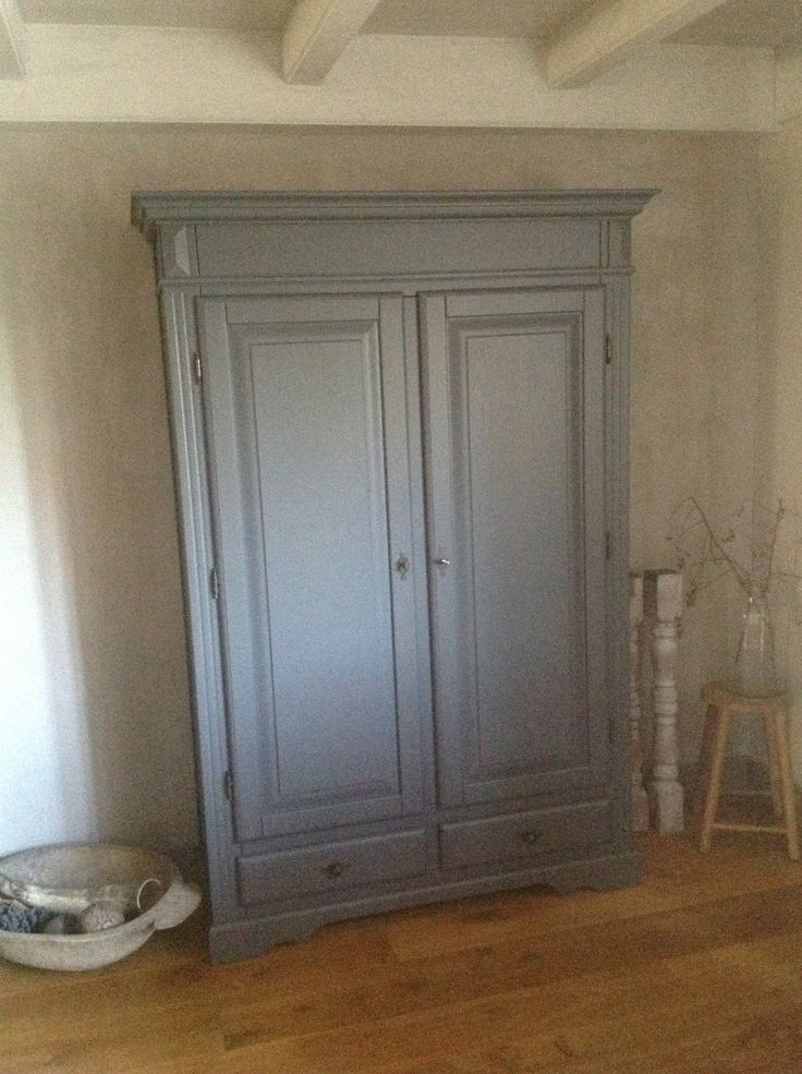 16 best images about kalkverf on pinterest - Grijze wand taupe ...