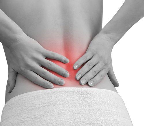 Dores pontuais nas costas, abdômen e no braço direito podem ser problemas na vesícula.
