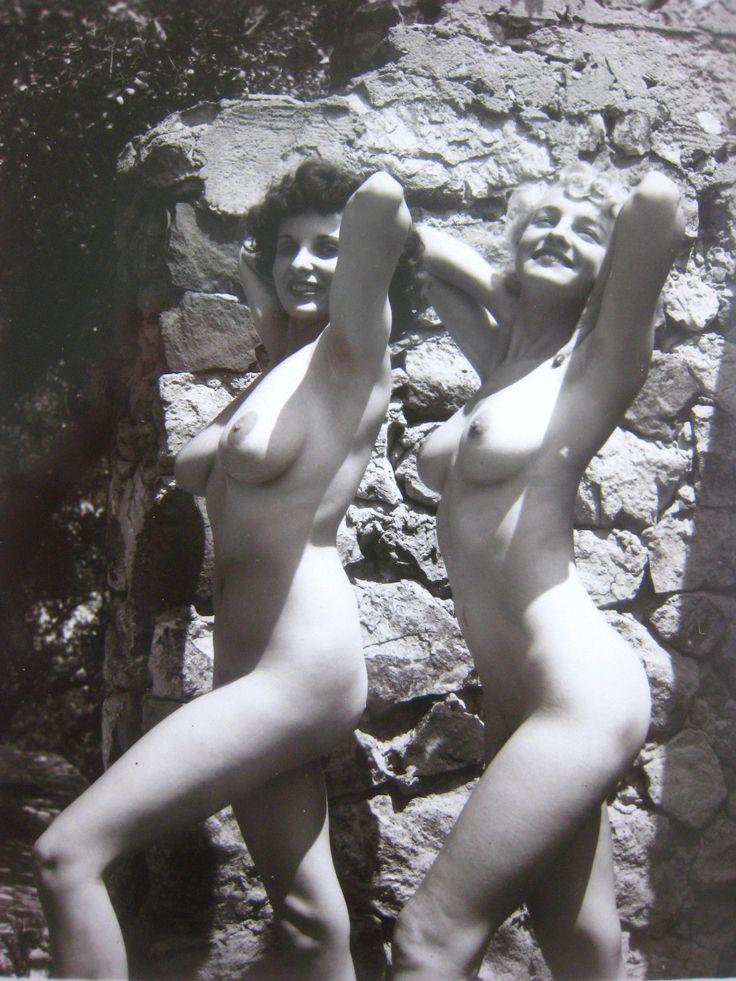 nude female models bobbie