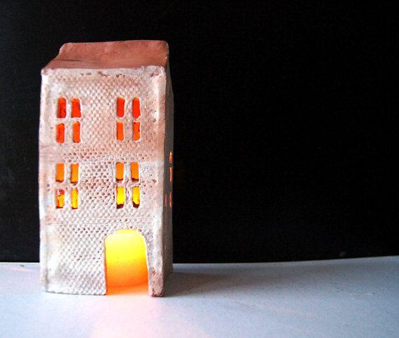 Mantel-Dekor-Kerze Halter-Keramik Haus-Kerze von Vsocks auf Etsy