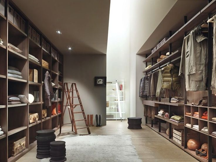 ウォークインクローゼット Hangar、 デザイン: Piero Lissoni のカタログをダウンロードして、メーカー Lema へ価格を問い合わせる