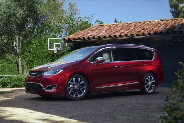 Never thought I would drive a minivan but this 2017 Chrysler Pacifica is legit.