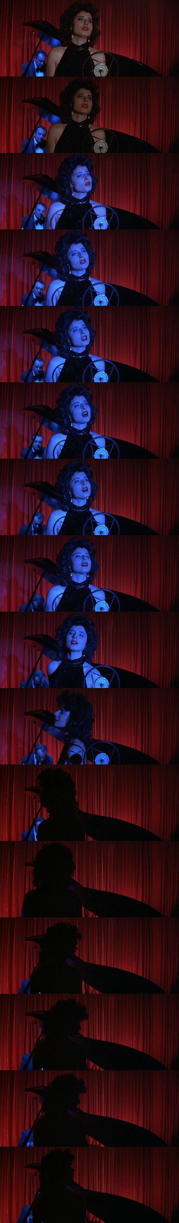 Blue Velvet - David Lynch film stills   This movie woos me in such a way. I love it.
