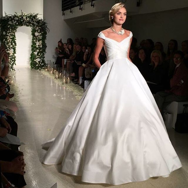 Anne Barge - Berkeley Gown
