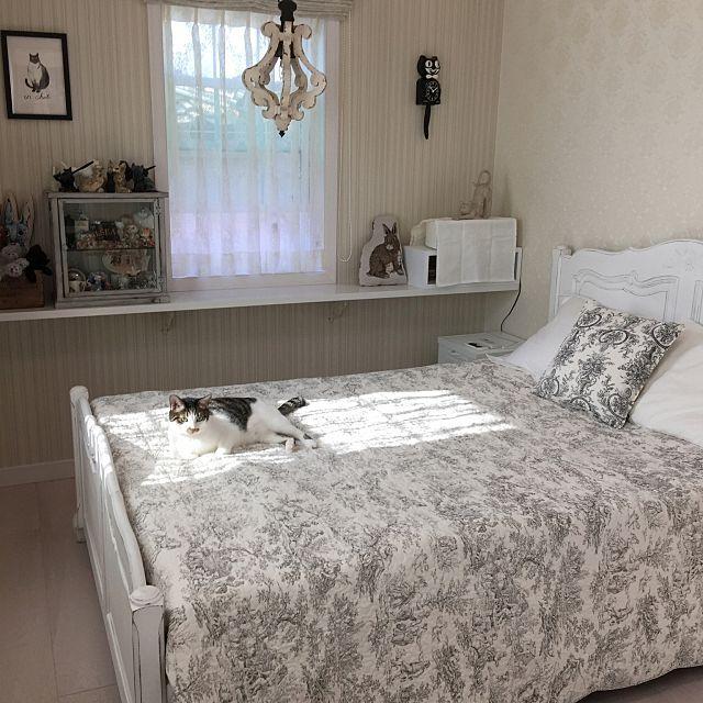 寝室 枕カバー ホワイトグレーのまとめページ | RoomClip (ルームクリップ) 寝室と枕カバーとトワルドジュイのインテリア実例
