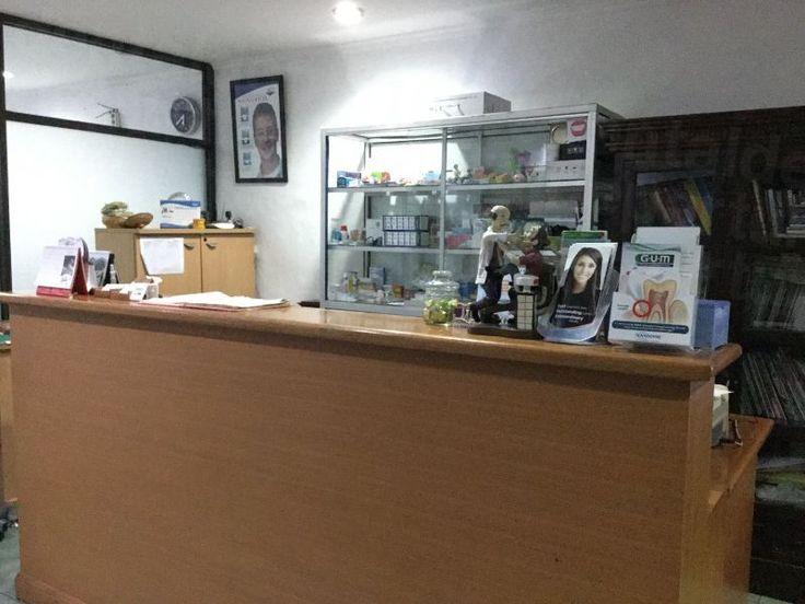 Drg. Syamsiar Adam, Kuta Dental Clinic