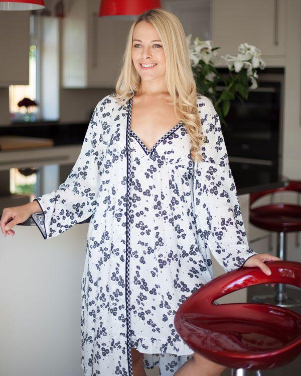 Sarah White Floral Printed Robe