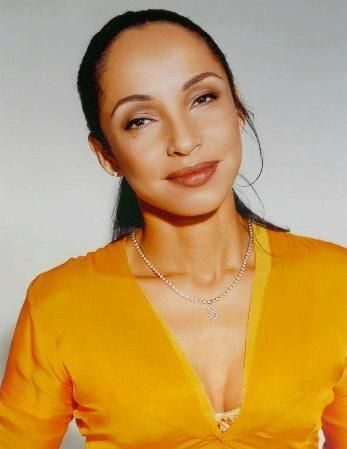 Sade Adu - Deep Winter(Tropical Winter).Type 4 secondary 3.Shaded Winter.Dynamic…