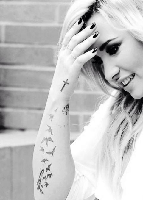 | Demi Lovato |