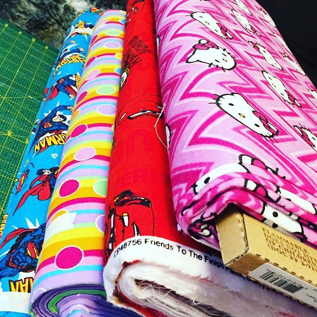 This afternoon shopping... a lot of new fabrics comingCheck links in bio to custom-create your own accessories We produce for your #rat #guineapig #chinchilla #mouse #hamster #degu #gerbil #ferret #rabbit and #hedgehog  #rats #ratsofinstagram #hammock #guineapigsofinstagram #cavy #rodent #mice #animallovers #hamstersofinstagram  #etsyshop #etsyseller #petsofinstagram #handmadewithlove #handmade #rabbitsofinstagram #bunniesofinstagram #hedgehogsofinstagram #montreal #quebec