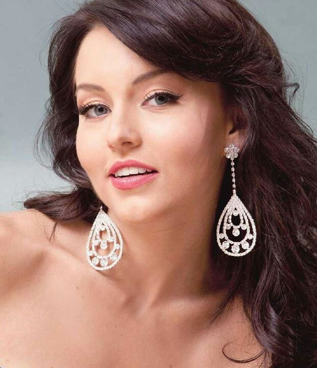 angelique boyer mama