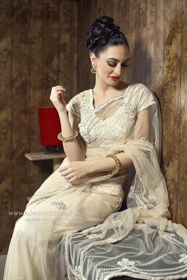 Indian Bridal Wear;  Photography: Romesh Dhamija;  Makeup: Minee R;  www.facebook.com/Romesh.Minee