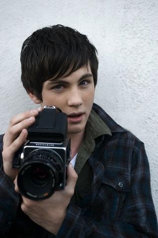 Hot Male Actors Under 25 Google Search But Loganlerman